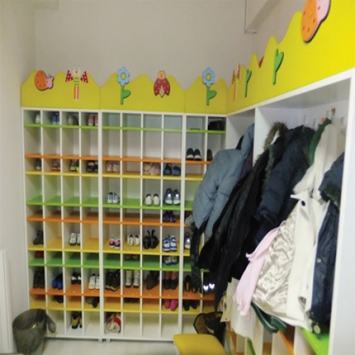 Açık Ayakkabılık modelleri, Açık Ayakkabılık fiyatı, anaokulu Ayakkabılık ve Portmantolar fiyatları, anasınıfı Ayakkabılık ve Portmantolar modelleri görselleri ve resimleri, anaokulu kreş malzemeleri