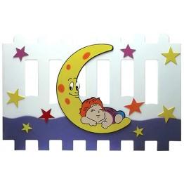 Ayda Uyuyan Çocuk Figürlü Çit