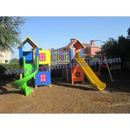 Kumsal Ahşap Çocuk Oyun Parkı